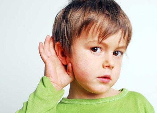 etapy rozwoju uszu u dzieci
